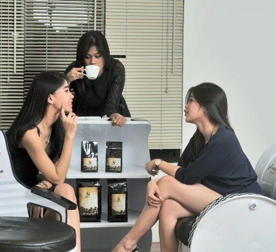 Soeltan-Coffee-model-foto26-Yul-Adriansyah-768x510-1