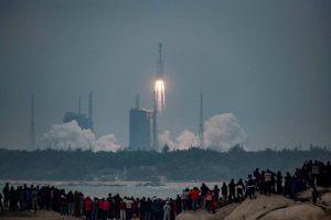 China Luncurkan Roket Long March-8, Saingi  SpaceX Falcon