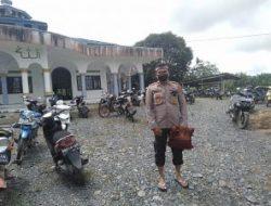 Kapolsek Klp Selatan Iptu Hari Saputro dan Kanit Binmas Aiptu Joni Damanik melaksanakan kegiatan POLICE GO TO MASJID – DIVISI HUMAS POLRI