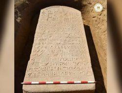 Petani Menemukan Prasasti Firaun yang Kalah Perang