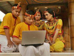 Media Sosial Berperan Mempromosikan Budaya Indonesia ke Dunia Luar – MAJALAH EKSEKUTIF # terbit sejak 1979 –